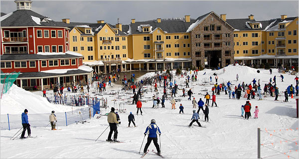 We Offer S On Ski Tickets Als Lodging By Owner And Apres Ideas For Okemo Vermont Resort Rises Up Above The